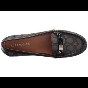 Coach NWOB olive signature loafers sz 7.5